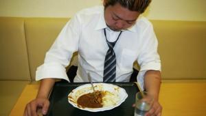 【特集動画】カレーの食べ放題に行ってみた! 何皿食べられるか挑戦した結果(笑)