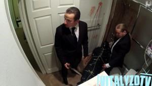 知らずに殺人現場の清掃に来た掃除屋の反応が面白いと話題