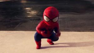 赤ちゃんスパイダーマンのダンスバトルがキレキレですごいと話題に