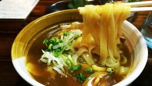 新宿ゴールデン街の絶品麺『きしめん双葉』に行く!ホリエモングルメアプリ『テリヤキ』掲載店めぐり旅