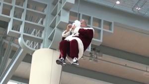 サンタの失敗を集めた動画が面白い