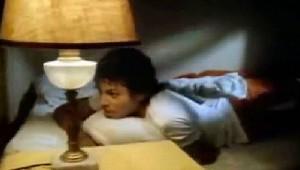 マイケルジャクソンの名曲「Beat It」のPVのパロディがクセになる面白さ