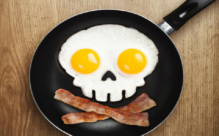 new_funny-side-uo-skull-egg-frying-pan-mould-fred_large