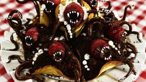 モンスターのようなケーキが思った以上にヤバイと悲鳴の嵐!