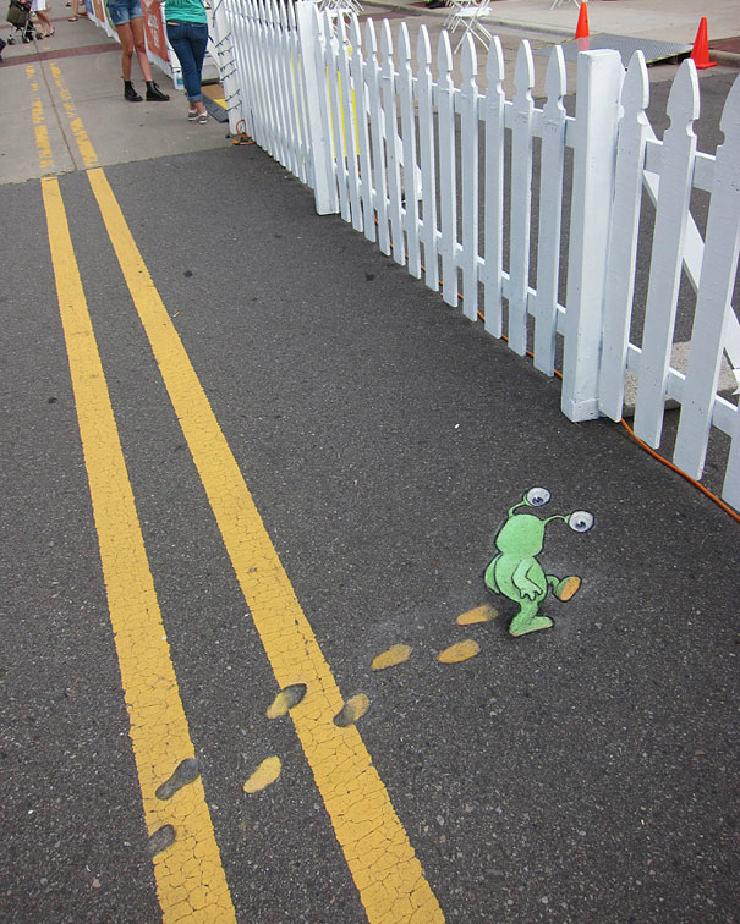 new_sluggo-chalk-drawings-street-art-david-zinn-1
