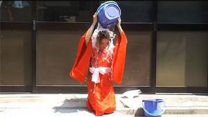 【動画まとめ】女子が氷水バケツをかぶる動画10選! 原田まりる! ももクロ! 浜崎あゆみなど