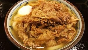 丸亀製麺は牛丼界に進出するつもりかもしれない! 肉盛り讃岐うどんが大人気