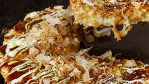 お好み焼きの小麦粉を「天ぷら粉」にするとカリッと触感になって美味しい