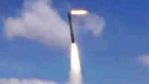 【衝撃動画】ミサイルが方向転換するようすが凄い! こうやって曲がるんだぁ!