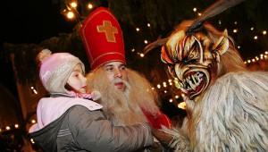 ヨーロッパ版なまはげ祭り『クランプス』が怖い! 悪い子供だけでなく若い女性にも罰を与える怪物!!