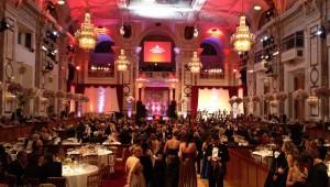 実は旅行者でも参加可能! 豪華絢爛なウィーン舞踏会の楽しみ方