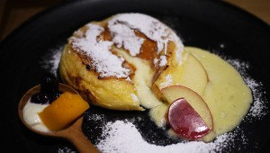 絶品スイーツ! 『八天堂』のクリームパンをフレンチトーストにして食べられる店 / はちパンカフェ