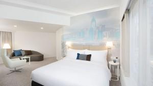 香港の絶景とエンターテイメントの両方を楽しめるエリアに滞在したい / OZOホテル