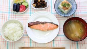 週イチで魚を食べるだけでも脳の働きは14%もアップする