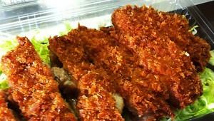 【1000円以内とんかつ食べ歩き】東京都港区六本木『肉の米久』のロースとんかつ 340円