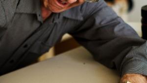 【マジかよ】研究者「怒りそうになったら自分を壁に止まったハエだと思えば怒りが減るよ」