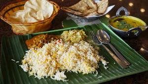 バナナの葉の上に絶品カレーを盛って食べよう! シンガポールで大人気の『BANANA LEAF APOLO』