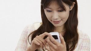 研究者「メールを確認する回数が多くなるほどストレスが激増する! メールチェック制限で幸福感がアップ」