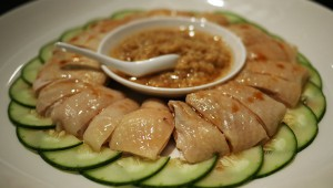 グルメな人が絶対注文するシンガポール名物ジンジャーチキンが絶品 / Soup Restaurant