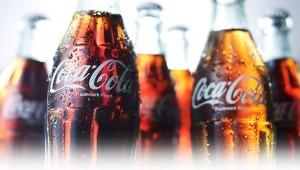 【衝撃】絶対に嘘だろ! と思うけど本当の事実「コカコーラはCMのときだけ色が薄い」