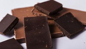 【人体実験してみた】空腹時にダークチョコレートを食べても血糖値がほとんど上がらなかった件(笑)