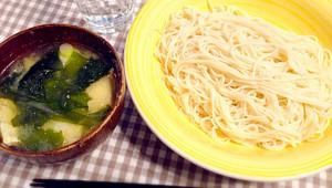 【衝撃グルメ】そうめんを味噌汁に入れて食べたらマジうめぇええええ! 味噌汁つけ麺