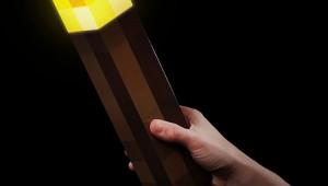 【これは欲しい】人気ゲーム『マインクラフト』の松明が本物のライトになったぞ!