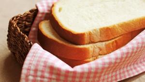 【衝撃】パンを食べてる人は必読! 研究所「パンの成分が体に悪いことが判明」