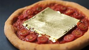 金箔入り絶品ナポリピザを堪能できる『森山ナポリ』が話題 / ガイドブックに載らない金沢を体験