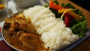 お~い! タイ国際航空のビジネスクラス機内食が地上で食べられるぞ~!