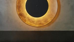 【感動】日食をイメージして作られた幻想的なライトが素晴らしすぎる件