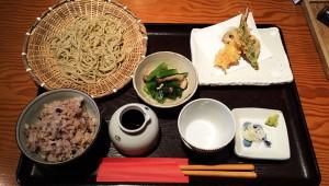 タモリが宇多田ヒカルとはちあわせた伝説のそば屋『大川や』の日替わり御膳
