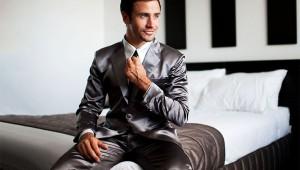 【激モテ】スーツスタイルの高級シルクパジャマが新発売! これで夜も女子にモテモテ