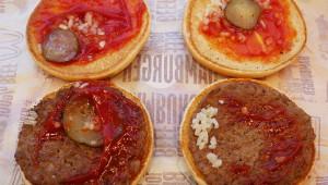 【衝撃】マクドナルドのバーガーは無料で大盛り可能! 実際に試してみた