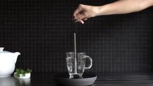 【革命】カップの水を瞬時に沸騰させる未来型ケトル発売!