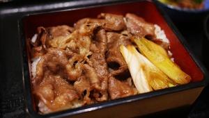【激ウマ】吉野家が高級メニュー『牛重』1240円を販売開始 / 和牛を使用した極上の味