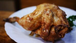 ここでしか食べられない「若鶏の唐揚げ」を食べるため行列ができる居酒屋 / 鳥房