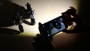 暗いところでの撮影にはiPhoneのフラッシュを大幅に強化する「Expose」が大活躍!