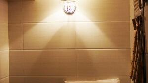 【驚異】刑務所よりも狭い香港の激安ホテルに泊まってみた / 重慶大厦(チョンキンマンション)