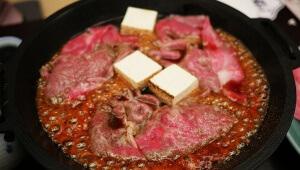 【牛肉記念日】人形町今半で「超高級牛肉すき焼き食べ放題」が開催決定! ステーキも食べ放題だぞ!