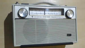 【衝撃事実】1906年に始まったラジオ放送はインターネットより拡散力があった!