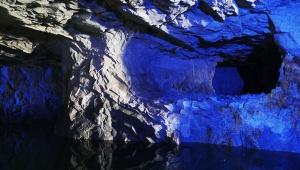 台湾が中国の侵略に対抗して掘った「翟山坑道」がスゴイ / 船も隠せる海の洞窟! 金門島