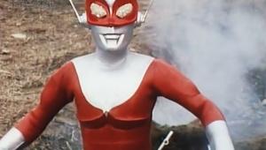 【衝撃】円谷作品「レッドマン」がヤバすぎると話題 / 歩いてるだけの善良な怪獣を発見 → 武器でメッタ刺し → 死亡した怪獣を崖から落とす(笑)