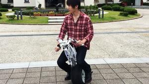 【革命】ついに最新の電動一輪バイク発売キターーーーーーーー! 遠隔操作や自動運転も視野
