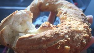 【激ウマ】ベーグル発祥の地で食べる元祖の味 / ポーランド・クラクフ観光で必食