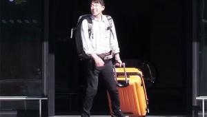 【衝撃】オタフクソースの新入社員(18歳)にソースを持たせて海外に行かせた結果