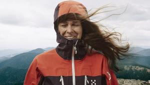 【最強】風力発電の電力で縫ったウェア「SPITZ JACKET」が高性能すぎる件 / 北極圏から流れ込む強い北風