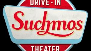 【衝撃】お前ら映画でしか見た事ない「クルマに乗って映画を観るドライブインシアター」やるぞ(笑)!