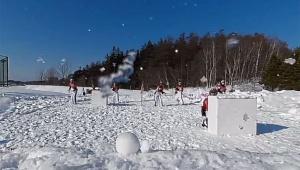 【革命】さっぽろ雪まつりが凄い! ヴァーチャルで雪合戦VRが楽しめるぞおおおッ! 国際雪合戦