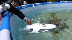 【革命】水中ドローン発売決定キターーー! 釣りしながら魚群に突入可能! VRゴーグルで水中散歩もできるぞ(笑)
